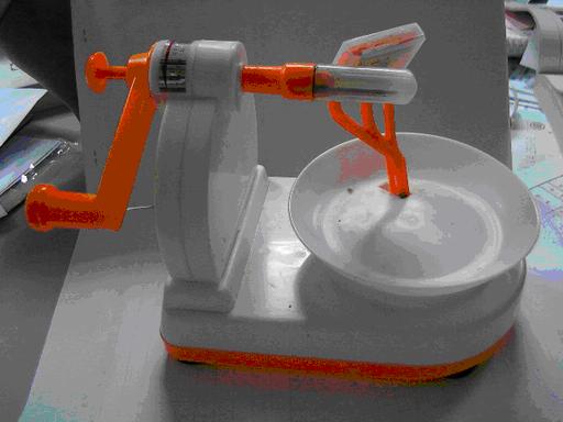 旋轉握把削皮器(ㄧ)