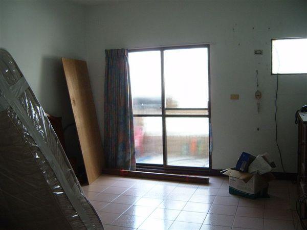 二樓老爸老媽房間