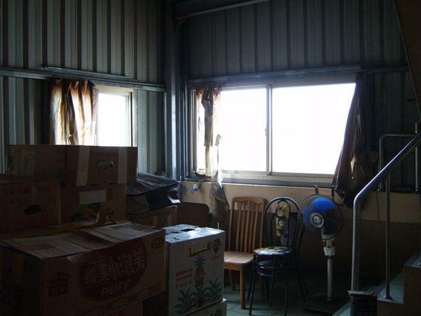 四樓曬衣服+倉庫區