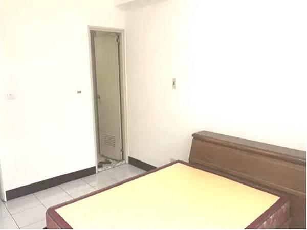 平鎮買屋。平鎮買房子。育達高中電梯3房。598萬