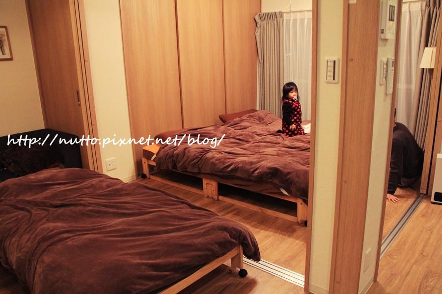 osaka_room18.JPG