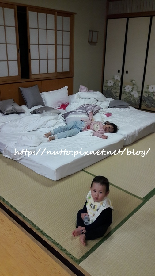 Room_12.jpg