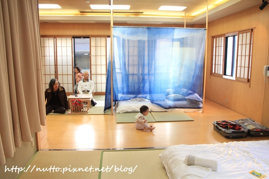 Room_37.JPG