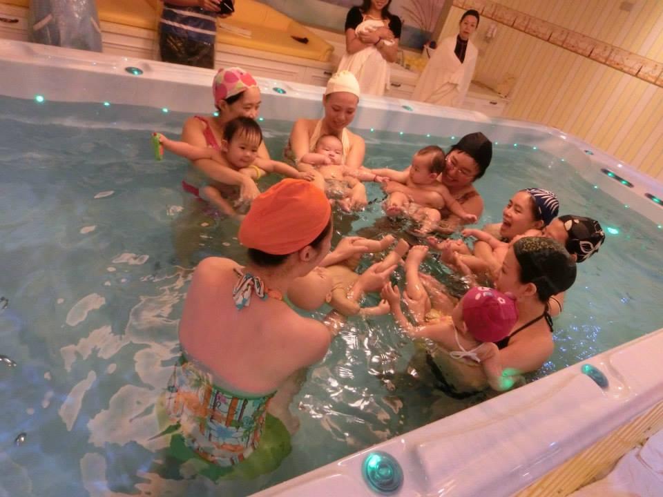 寶寶親水游泳