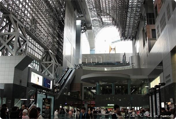 25.京都車站內部建築.jpg