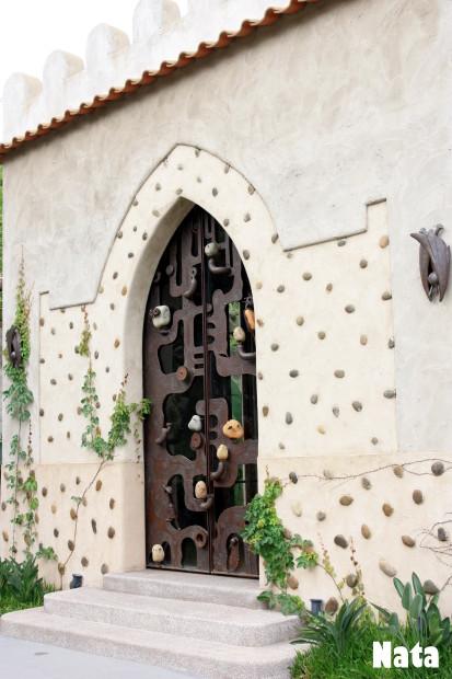 05.鳥兒造型城門.jpg