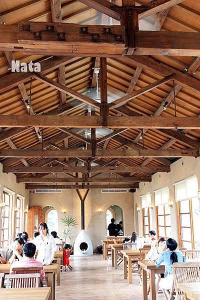 16.天空城堡餐廳.jpg