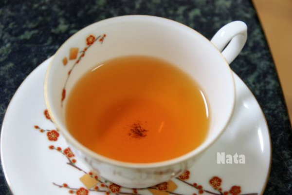 05.紅茶茶湯色澤.jpg