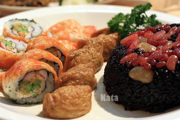 06.花壽司+八寶飯.jpg