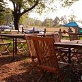 07.營地前等著喝咖啡多麼自在.jpg