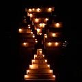 16.洗澡間外的X型蠟燭裝飾.jpg