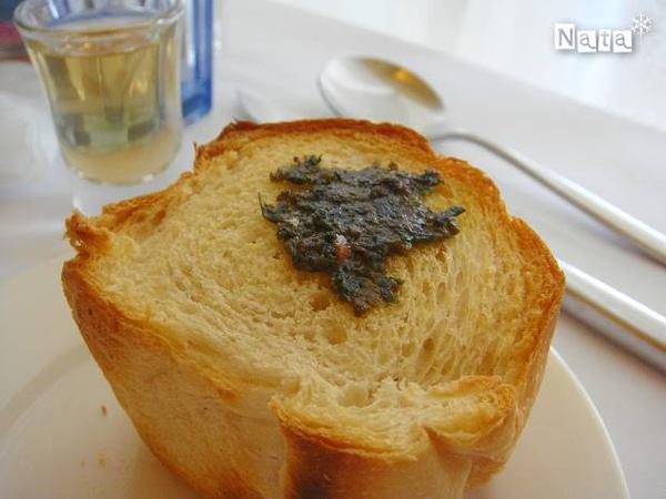 05.抹在法國麵包上一起吃.jpg