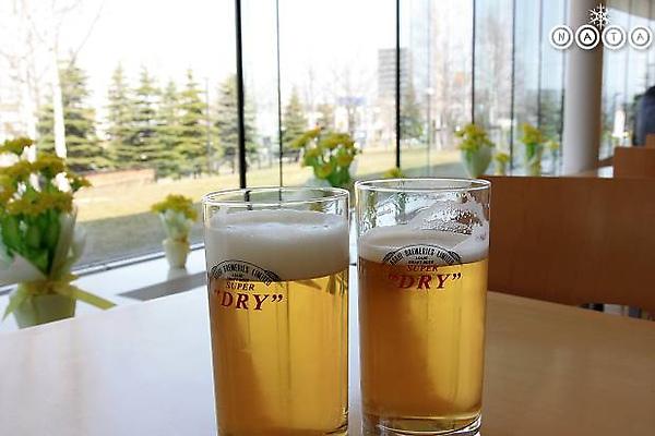 06.清徹的金色汁液.jpg