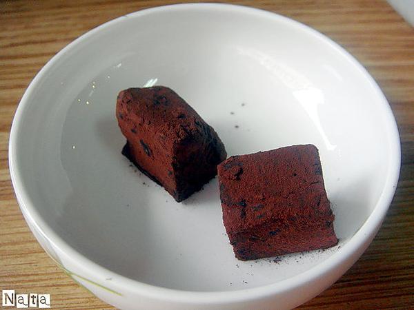05.招待的松露巧克力.JPG