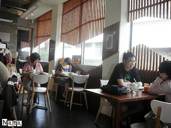 03.Rafiki cafe.jpg