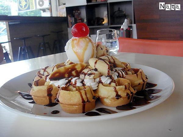 17.季節鬆餅-香蕉巧克力口味.jpg