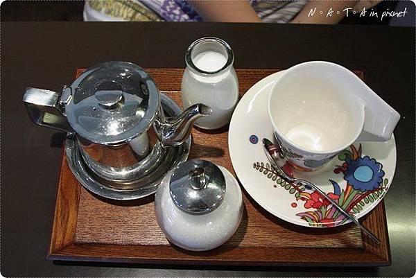 07.伯爵紅茶+牛奶.jpg