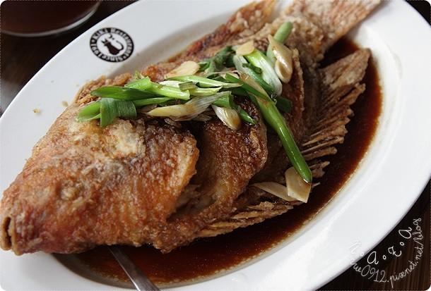 18.不辣的紅椒燒魚.jpg
