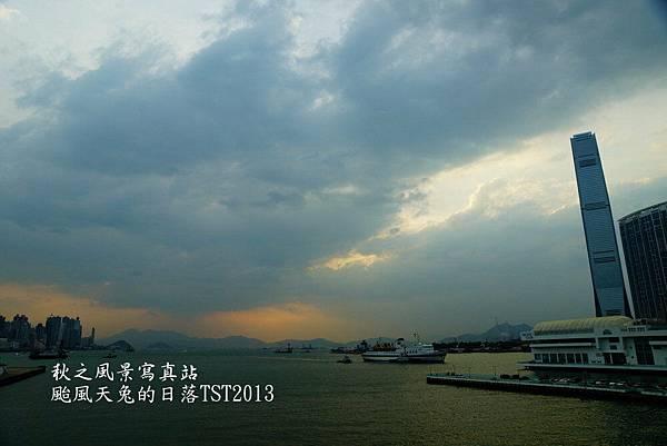 颱風天兔尖沙咀日落09