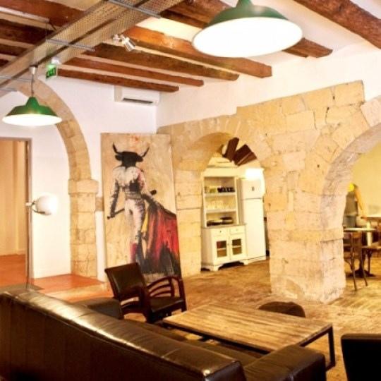 France-Vertigo-Vieux-Port-Marseille-Hostels-for-Design-Lovers-e1314809355665.jpg