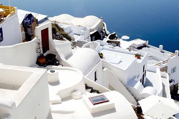 Santorini-聖托里尼-希臘小島白屋.jpg