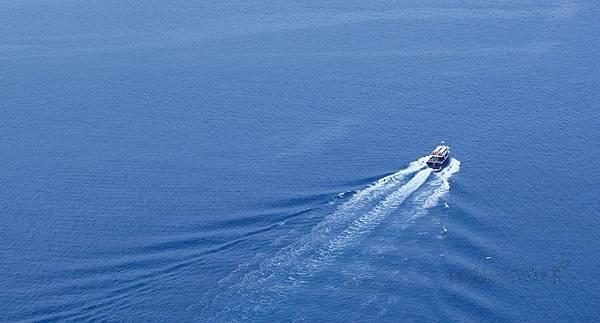 aegean-sea-oia-greece-mediterranean.jpg