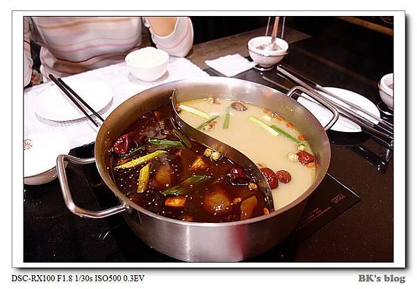【探美食】老四川麻辣火鍋~2肉4菜2湯底=1676元!