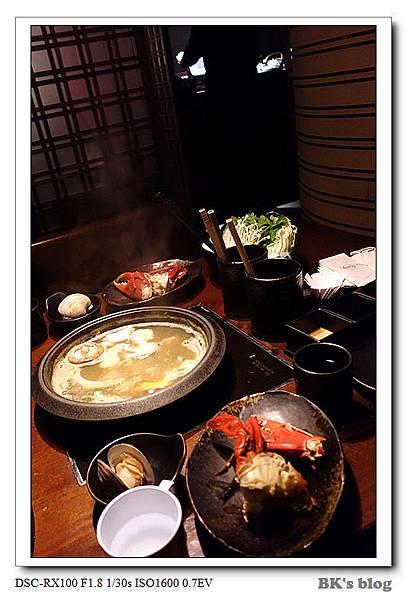 【探美食】三燔本家(晶華酒店)~2600元的和風柚香品蟹鍋