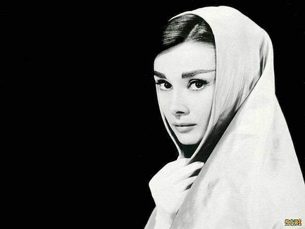 Audrey-23.jpg