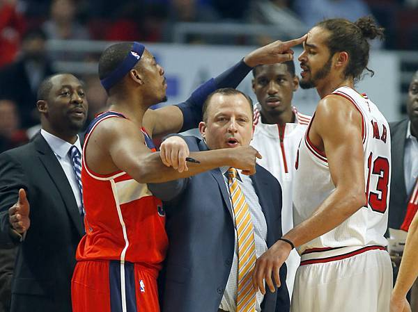 paul pierce and joakim noah fight