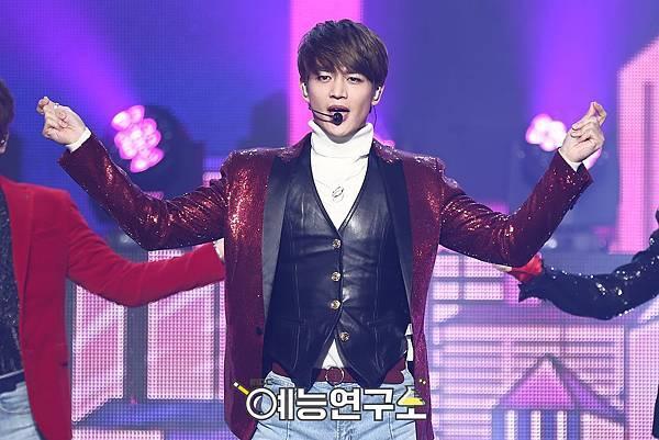【官方圖】161224 Music Core-M