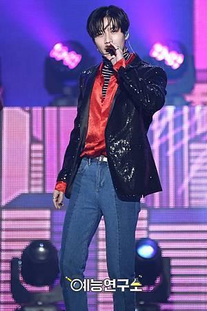 【官方圖】161224 Music Core-T