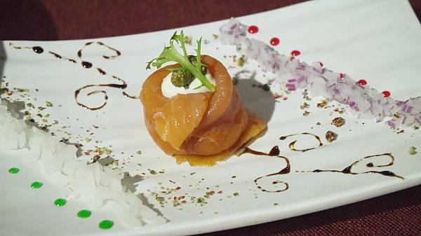 酸豆洋蔥煙燻鮭魚(皇家豪華套餐)