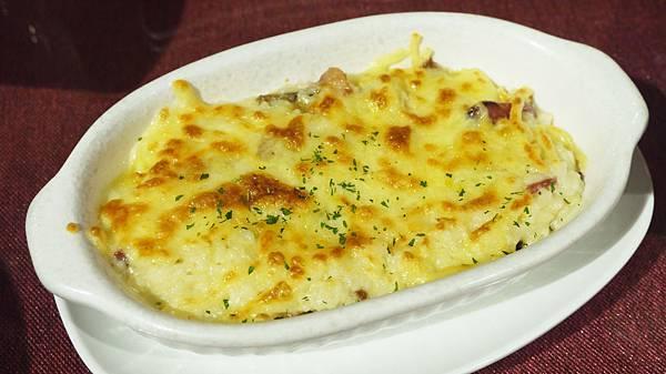 奶油培根洋菇焗烤飯