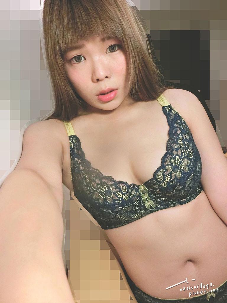 台中菲玲驕傲小姐美胸內衣04-01.jpg