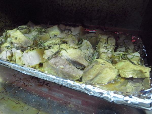 咖哩迷迭香烤肉