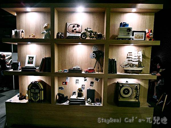 StayReal Caf'e(9)