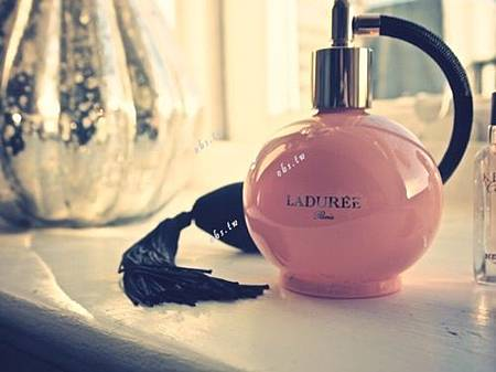 blog-girly-laduree-paris-perfume-Favim.com-144559