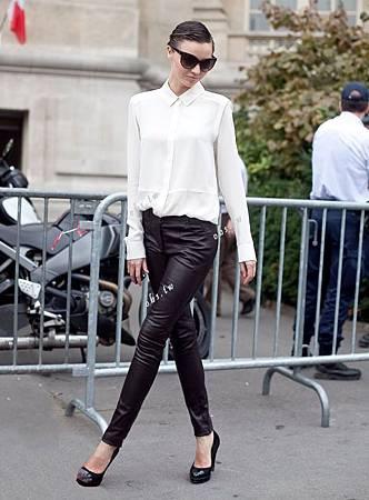 pantalon-de-cuero-marca-sisley-traido-de-europa_MLV-F-3935716796_032013