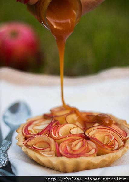 Tarte_pommes_roses_Caramel_Beurre_Salé_Recette_Dollyjessy_6