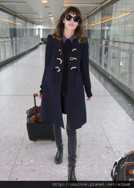 Alexa-Chung-coat-1_0