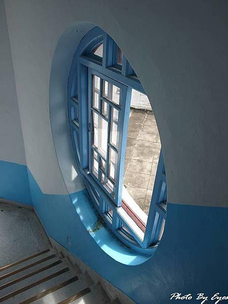 慈恩塔內的窗戶