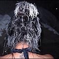 珍娜溫泉山莊  泡著溫泉    我的頭髮也被水蒸汽附著凝結成這奇特的樣貌.jpg
