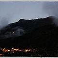 1020211  大年初二的晨曦  山坳裡的燈光