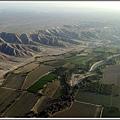 往那斯卡線     沙漠中的田.jpg
