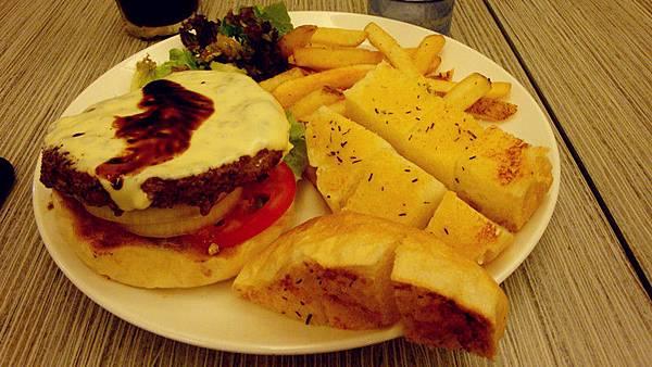 野牛風牛肉漢堡+9公格大蒜牛油