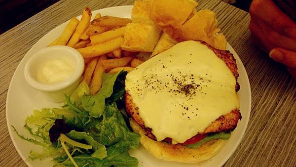 碳烤火雞肉漢堡+9公格檸檬優格