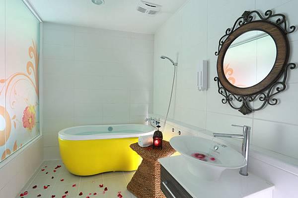 烏布巴里浴室.jpg
