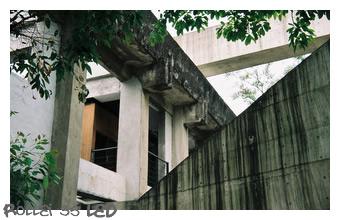 F1000011-1.JPG