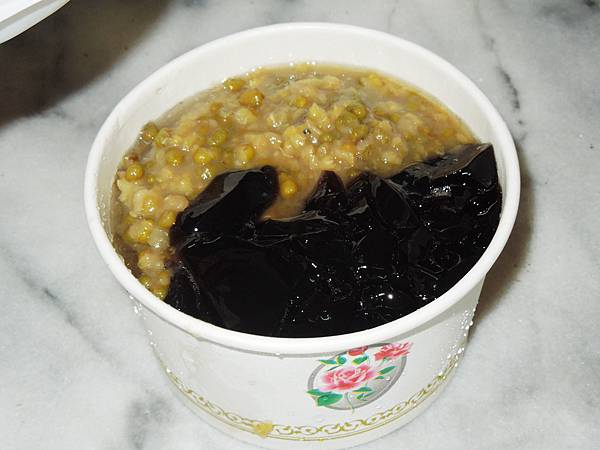 花蓮,壽豐,豐春冰菓店,綠豆仙草甘蔗冰,95分!